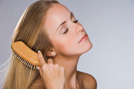 Тонке волосся врятує домашня маска