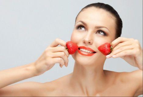 Маска для шкіри з полуниці