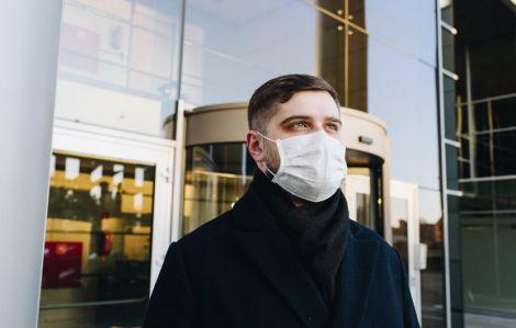Найкращий захист: маска чи респіратор?