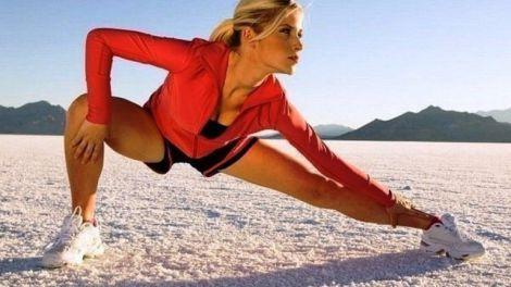 Розтягуйте тіло зранку всього 5 хв і ви відчуєте легкість.