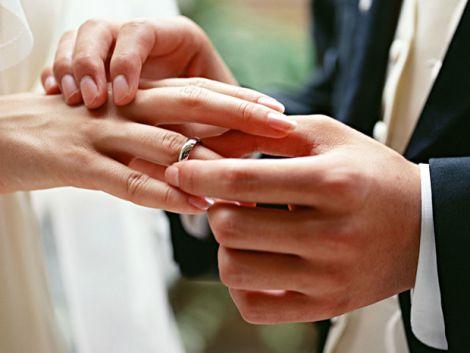 Користь та шкода шлюбу для людей