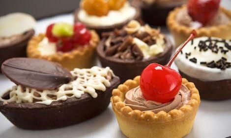 Їмо солодощі і не набираємо зайвих кілограмів