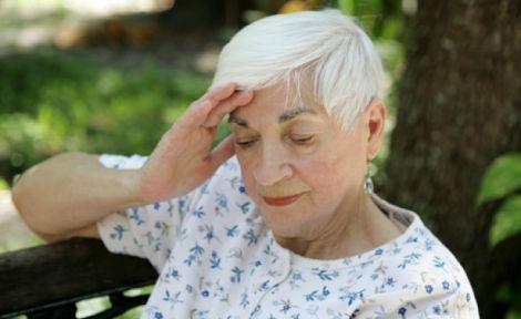 Епідемія деменції: чому кількість хворих зростає?