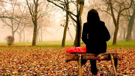 Осіння депресія у дорослих: симптоми, діагностика та лікування