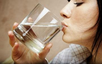 Що робити з сухістю в роті