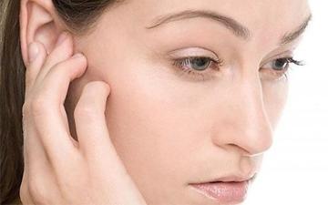 як побороти біль у вухах