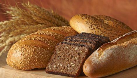 Не варто вживати хліб у великих кількостях