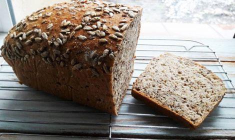 Корисний цільнозерновий хліб