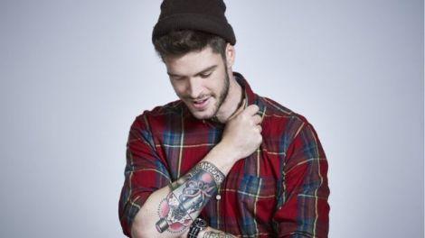 Чоловік з татуюванням