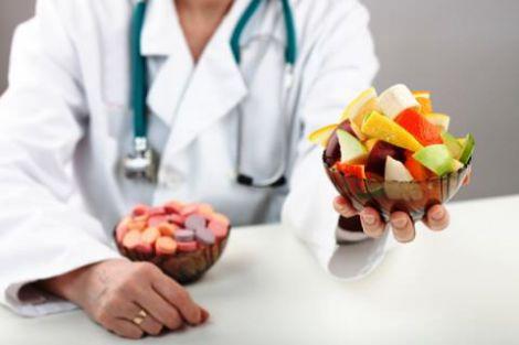 Як правильно поєднувати ліки та продукти