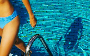 плавання в басейні надзвичайно корисне для організму