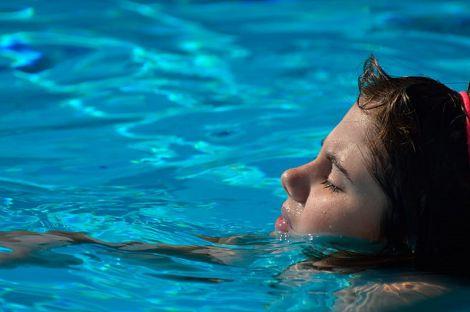 Отруєння в басейні