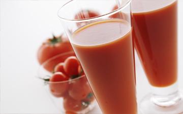 томатний сік з модифікованих помідорів попередить виникнення раку