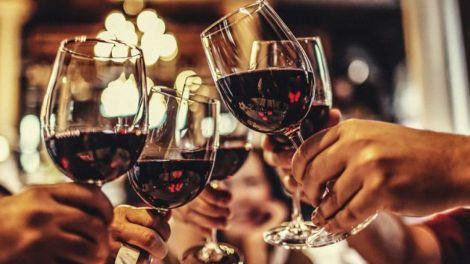 Яке вино можна пити як засіб від безсоння?