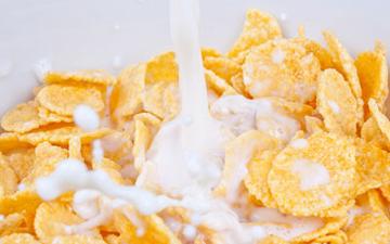 сухі сніданки є не найкращим варіантом ранкового харчування