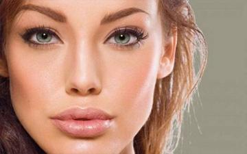 збільшити губами народними засобами також можливо