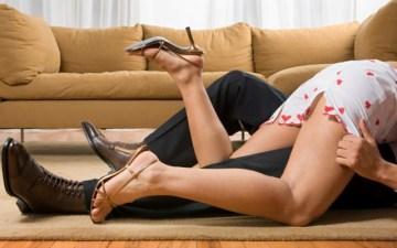 психологи відзначили, що секс на першому побаченні додає жінці впевненості