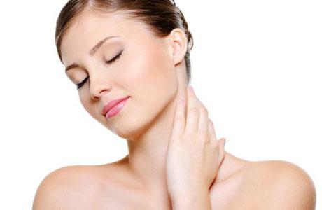 Ефективні вправи проти зморшок на шиї