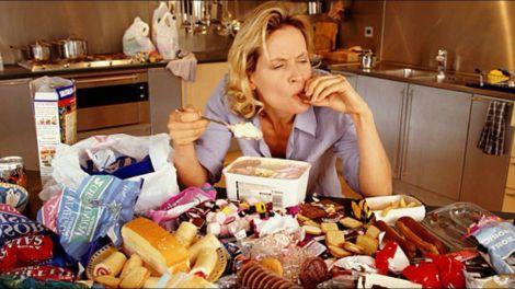 Основні причини переїдання