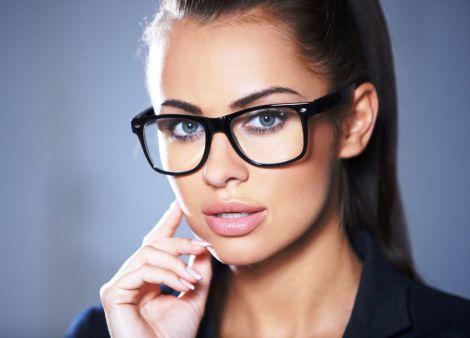 Макіяж та окуляри