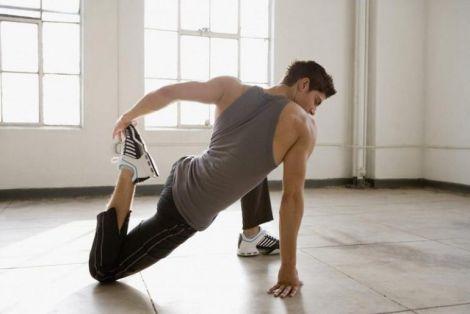 Чому корисно робити розтяжку тіла?