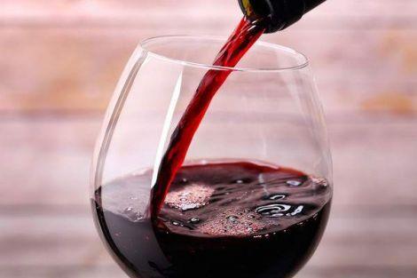 Червоне вино від карієсу