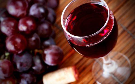 Червоне вино захистить від гіпертонії