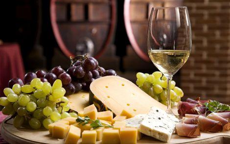 Біле вино - секрет довголіття