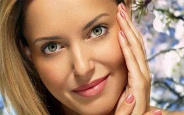 Весною шкірі обличчя потрібен не менший догляд
