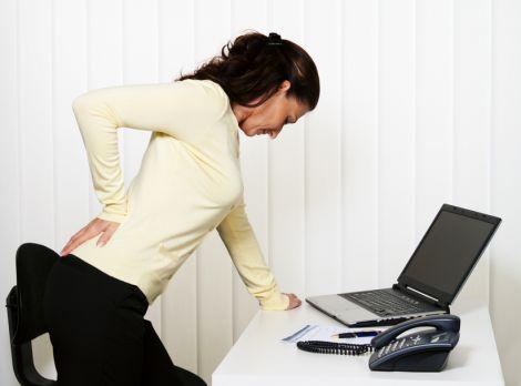 біль в спині можна усунути регулярно виконуючи вправи