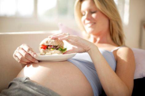 Переїдання під час вагітності