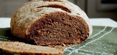 Які корисні властивості житнього хліба?