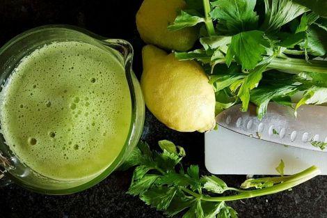 4 рецепти жироспалюючих напоїв в домашніх умовах: п'ємо і худнемо