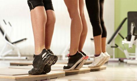 Вправи, які приберуть жир з колін
