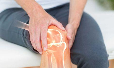 Чому виникає біль в колінах?