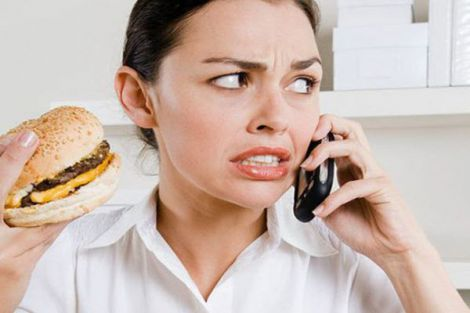 Стрес провокує набір ваги