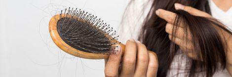 Як зупинити випадіння волосся після коронавірусу: 5 правил