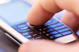 Мобільний телефон призводить до старіння шкіри