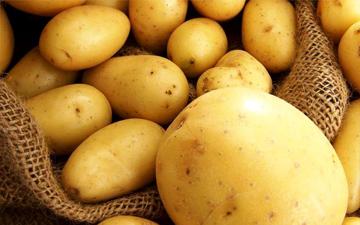 картопля містить дуже багато поживних речовин