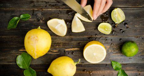Прості рецепти жироспалюючих напоїв з лимона