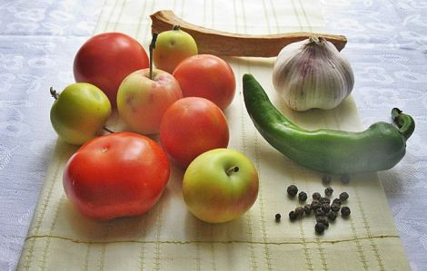 Помідори та яблука уповільнюють старіння