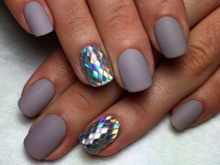 Зробіть нігтики красивими