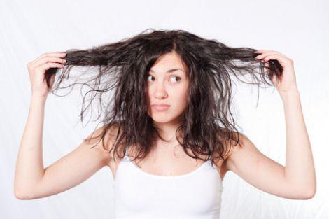 Жирне волосся влітку