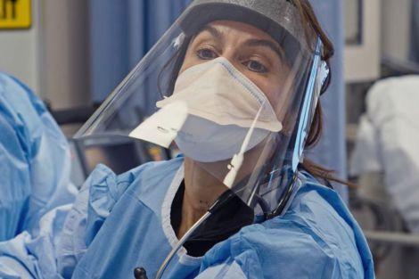 Пластиковий щиток - альтернатива медичним маскам