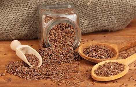 Чому корисно пити відвар з насіння льону?