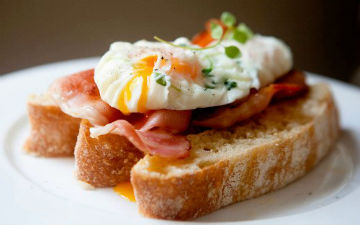 Бутерброди на сніданок можна приготувати і корисні