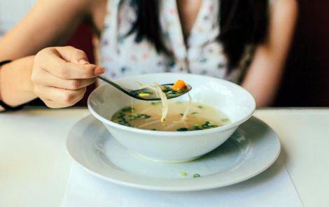 Чи треба їсти суп?