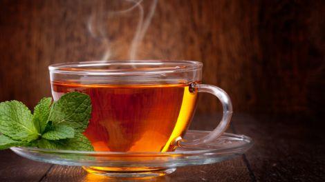Названо головні помилки в приготуванні чаю, що вбивають його користь