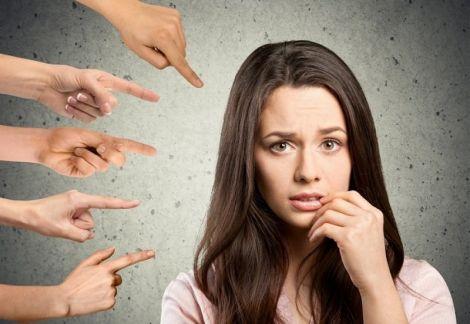 Соціофобія може посилювати заїкання