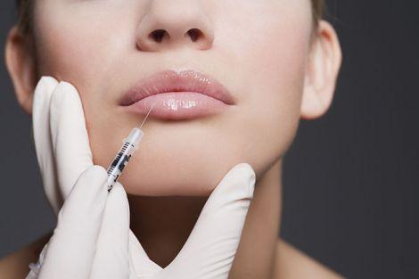Догляд за губами після збільшення